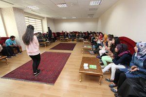 Bağcılar Belediyesi Gençlik Merkezi ders alanı