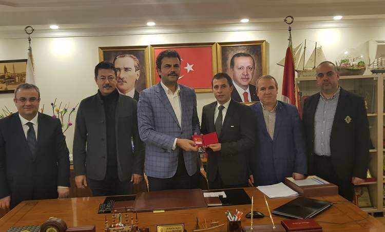 Bağcılar Güneşlispor'dan AK Parti'ye ziyaret