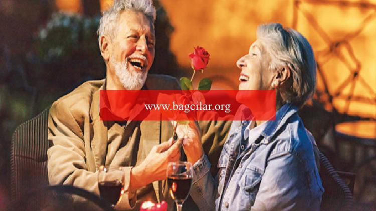50 yaş üstü aşıklar armağana koştu