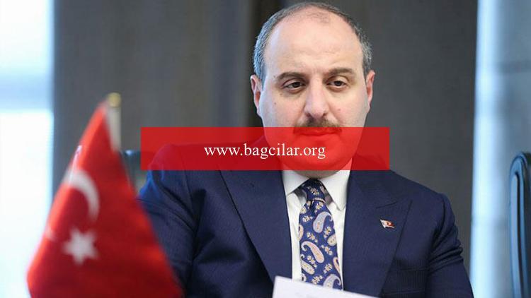 Bakan Varank ile BAE'li Bakan Amiri'nin tebrikleşmesi BAE basınında geniş yer buldu