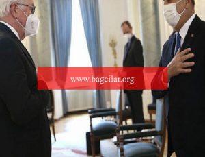 Bakan Çavuşoğlu'ndan Almanya'da kritik görüşme