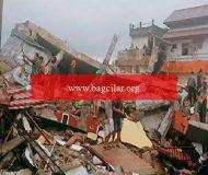 Endonezya'da vahim deprem! Meyyit ve yaralılar var