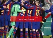 İspanya Harika Kupası'nda birinci finalist, Real Sociedad'ı penaltılarla eleyen Barcelona oldu