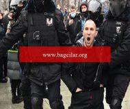 Rusya'da binlerce eylemciye gözaltı